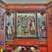 Visitar um museu Parisiense