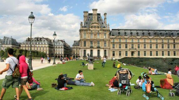 melhores lugares de leitura em Paris