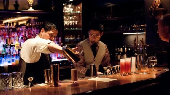 Top 10 bares mais loucos de Paris
