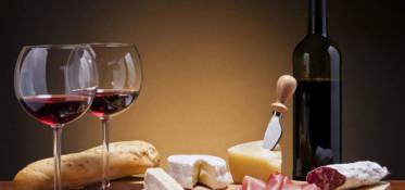 vinhos-e-queijos