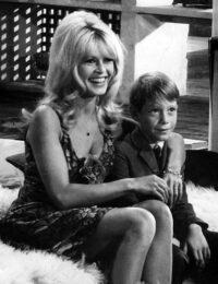 Brigitte_Bardot_-_1965