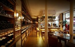 galerie-vivienne-caves-legrand-paris-avec-hannah-vin-wine-lovers-6-1024x640